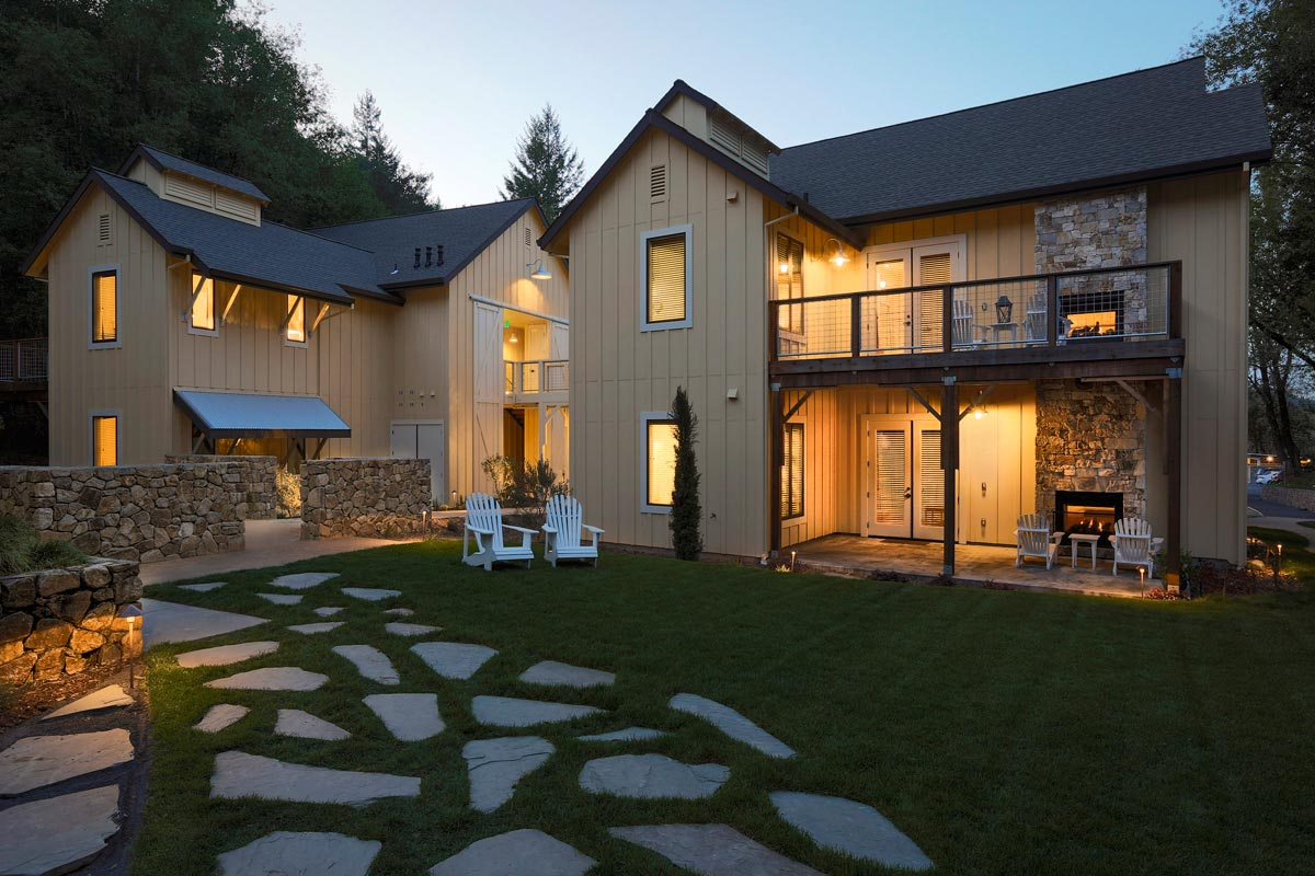 Farmhouse-Inn-SB-Architects-11